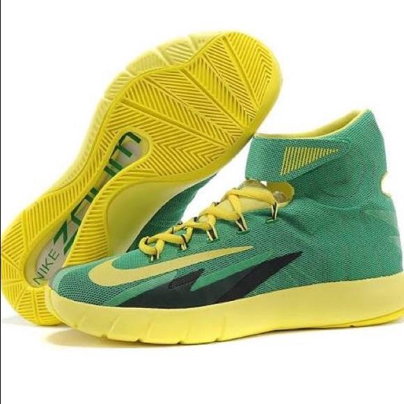933ec73e6c5 Nike zoom hyperrev (Kyrie Irving) basketball shoe.  M 5a619fc0d39ca2aac91346b1